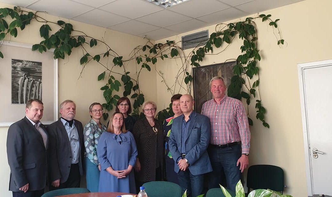 LMS valdybos atstovai susitiko su Rajonų ligoninių asociacijos nariais